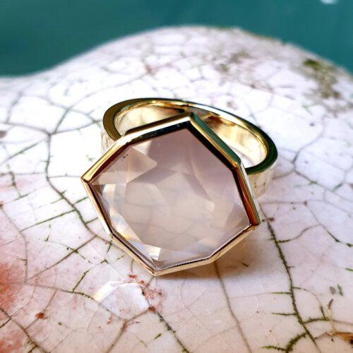 Ring Rosenquarz in 750 Gold