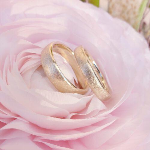 Trauringe diamantmatt in 585 Gold