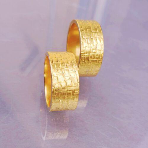 Trauringe mit Struktur 750 Gold